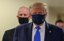 An image of President Trump wearing a mask
